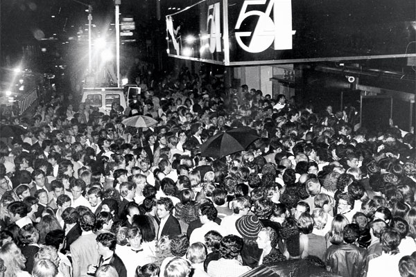 Studio 54: the line to get in